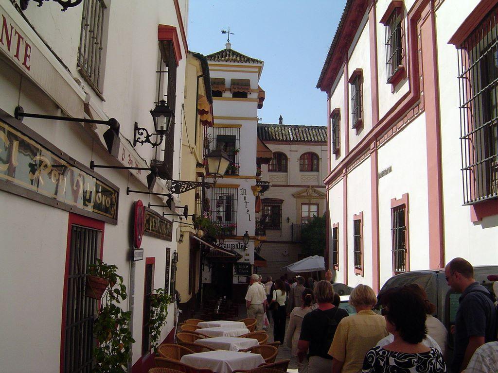 barrio-de-santa-cruz-sevilla