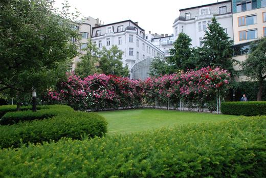 2-prague-jardin-franciscain